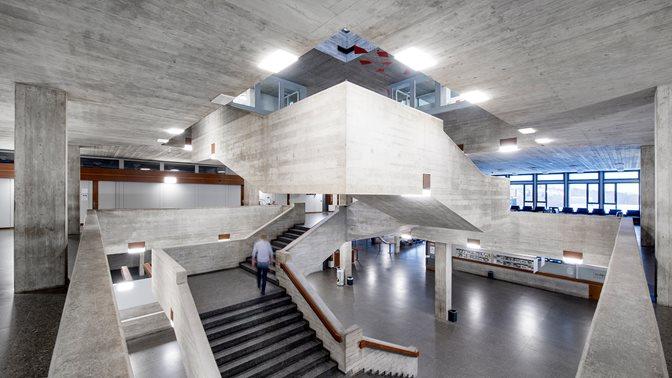 HSG Hauptgebäude